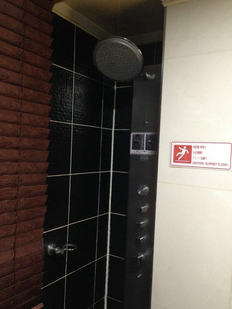 韓国ホテルのシャワー