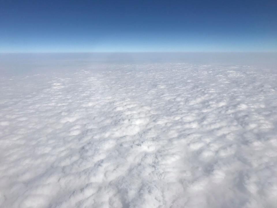 沖縄行きの空は綺麗