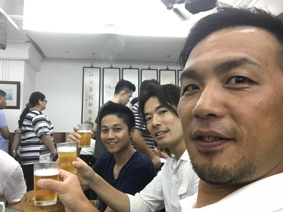 ビールを飲むのは三武将だけ