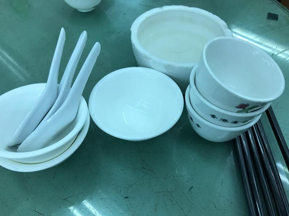 掃除後の食卓