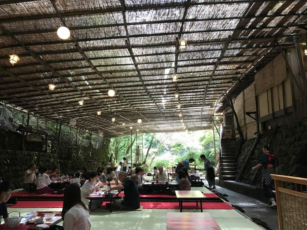 貴船神社近くの川床レストラン